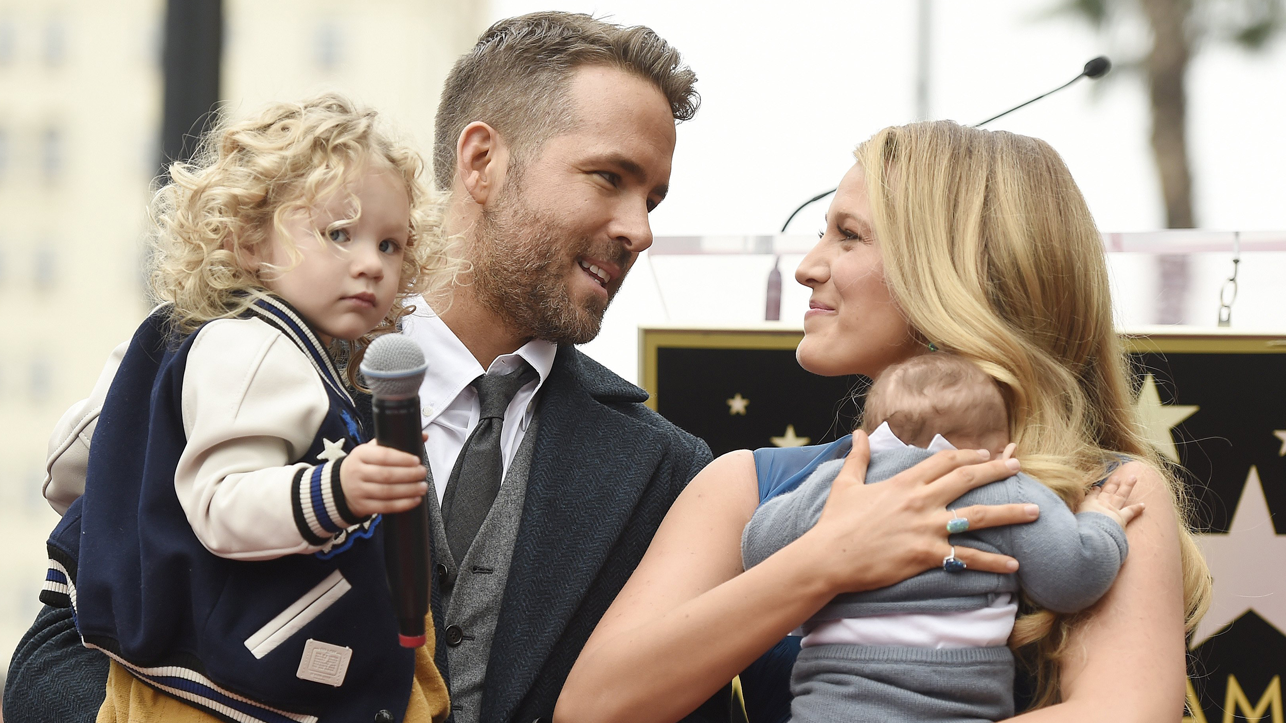 Ryan Reynolds opens up about anxiety, says Blake Lively ...
