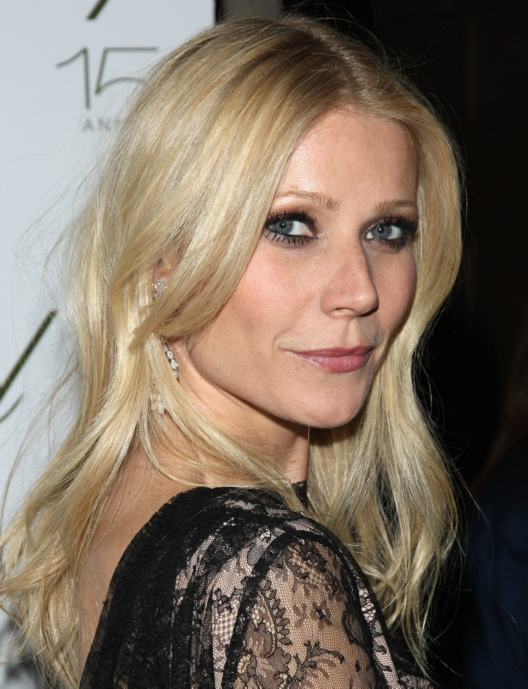 Gwyneth Paltrow advises, enrages working moms - TODAY.com