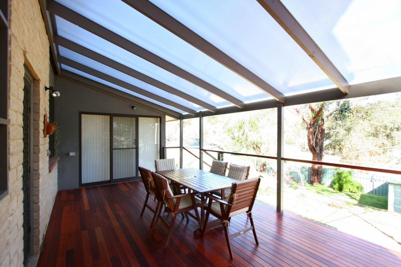 Benefits Of A Polycarbonate Pergola Roof Hipages Com Au