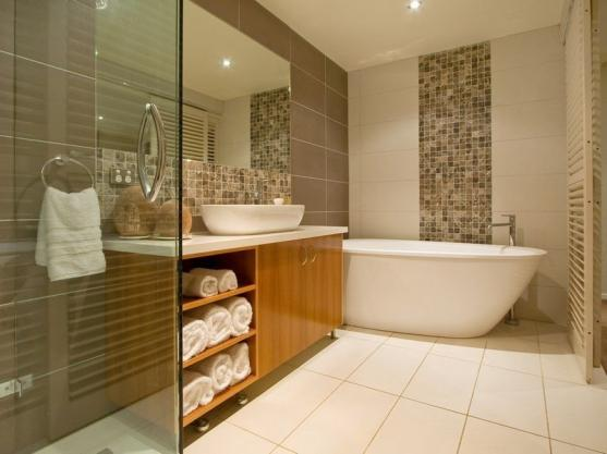 Bathroom Design Ideas   Get Inspired by photos of Bathrooms from     Bathroom Design Ideas