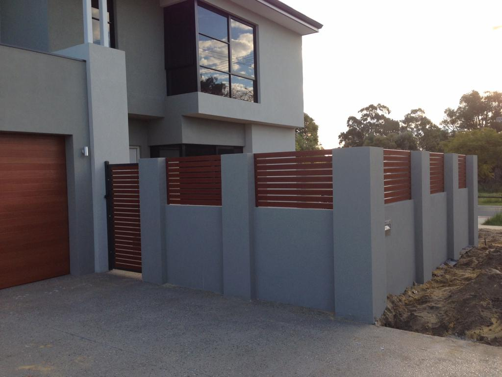 Fencing Vs Retaining Walls For Your Front Yard