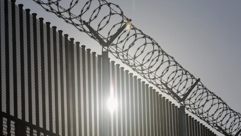 Customs And Border Protection Outlines Border Wall ...
