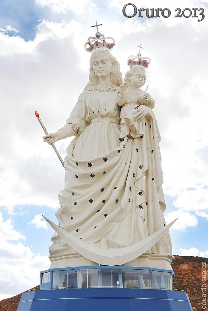 Monumento A La Virgen Del Socav 243 N Monumento A La Virgen