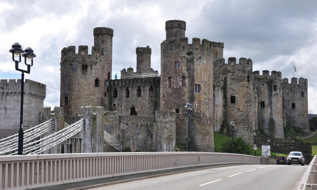 Castillo De Conwy Megaconstrucciones Extreme Engineering