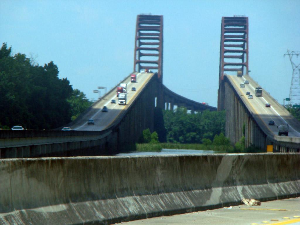 Puente General W K Wilson Jr Puente Dolly Parton