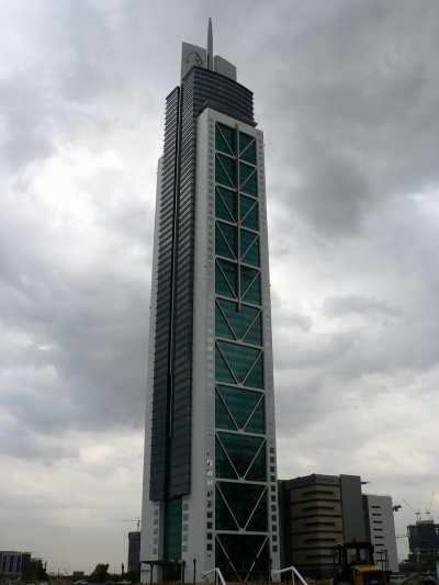 Millennium Tower (Dubai) - Megaconstrucciones, Extreme ...