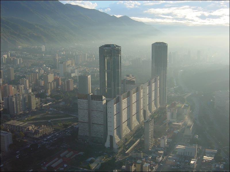 Torres Gemelas De Parque Central Megaconstrucciones