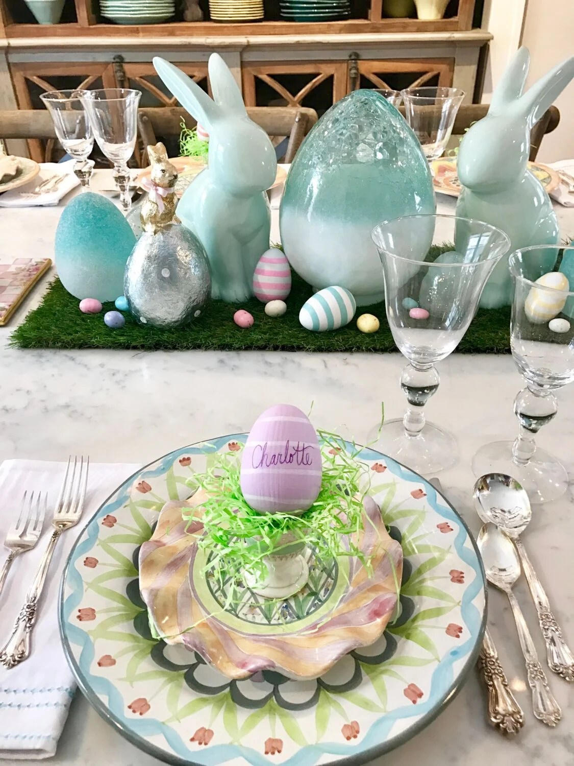Easter Parade Blog Hop Setting The Farmhouse Table For Brunch