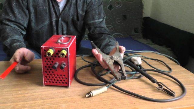 Споттер из сварочного аппарата можно сделать с минимальными затратами в плане материалов и времени