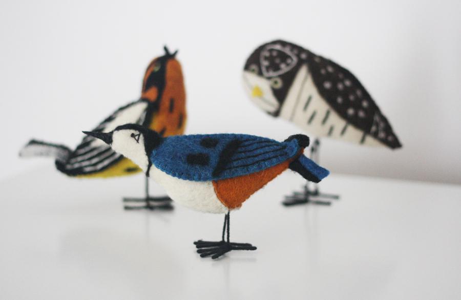 Charley Harper Flying Bird