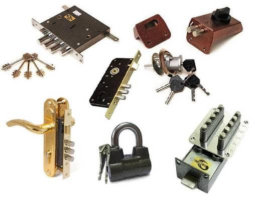 Recoding locks input door.