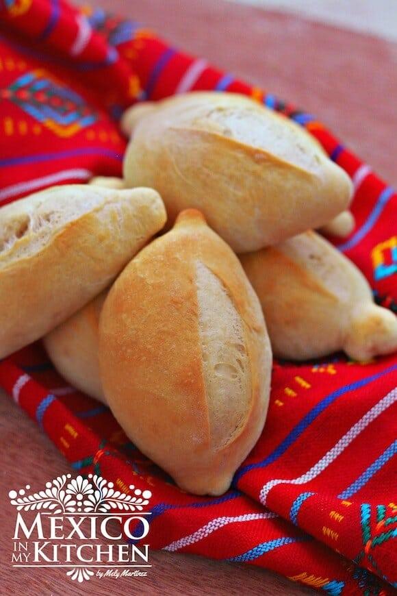 Mexicano Hace Como Se Pan