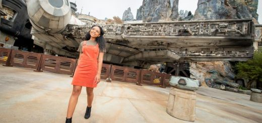 Galaxy's Edge Photo Ops