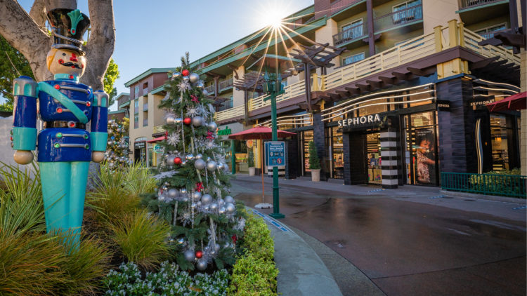 Holidays Downtown Disney