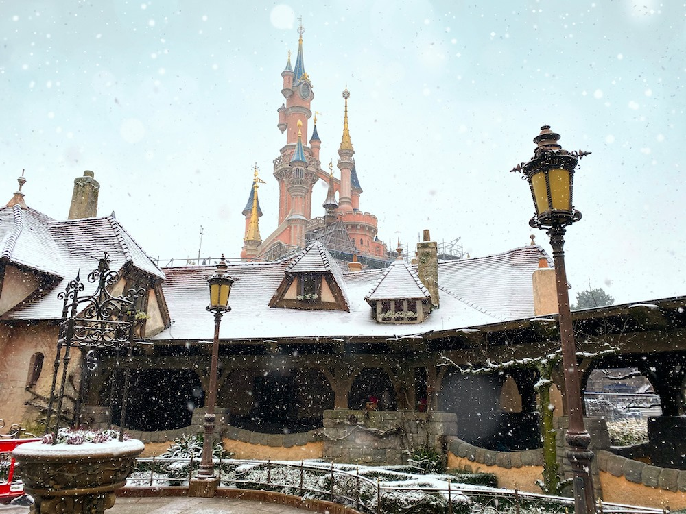 Disneyland Paris Snowfall