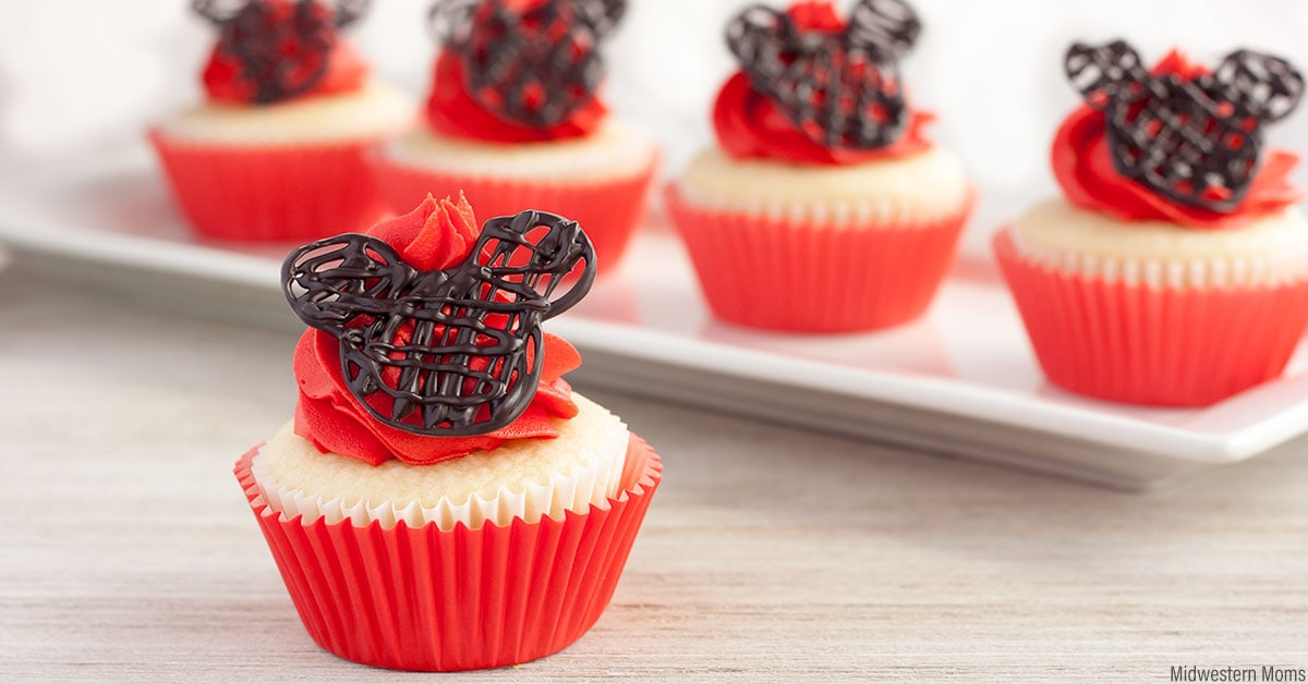 Perfect Mickey Mouse Cupcakes For A Disney Birthday Party