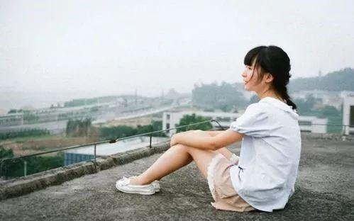 曲湿湿:世纪难题:如何判断女孩子是否喜欢你?