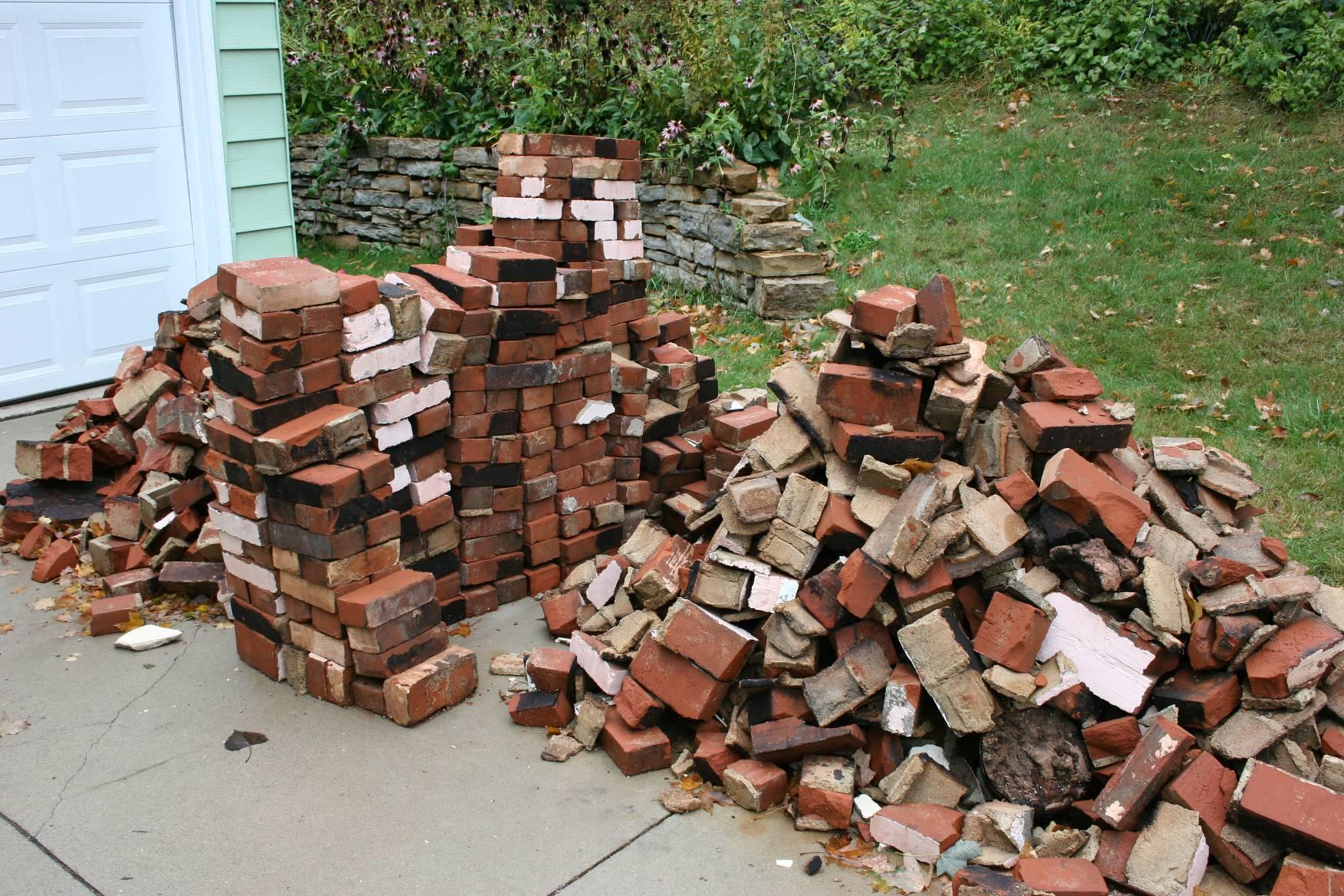 Hundreds and hundreds and hundreds of bricks, oh my ...