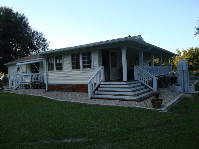 100 Great Manufactured Home Porch Designs How To Build Your Own | Mobile Home Outside Steps | Siding | Landscaping | Trailer | Double Wide | Deck