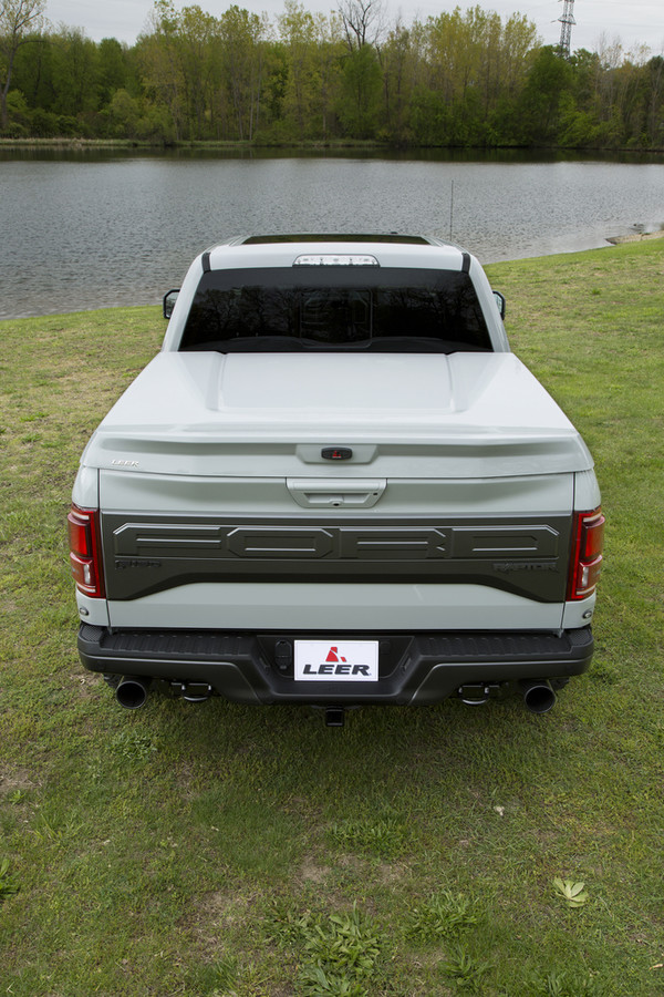 Leer 750 Sport Tonneau Mobile Living Truck And Suv