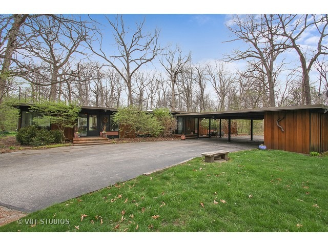 Gone Classic Long Low Mcm Ranch In Riverwoods Modern