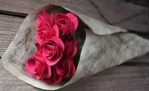How to make roses from paper with your own hands: Step-by-step instructions for beginners (+190 photos)
