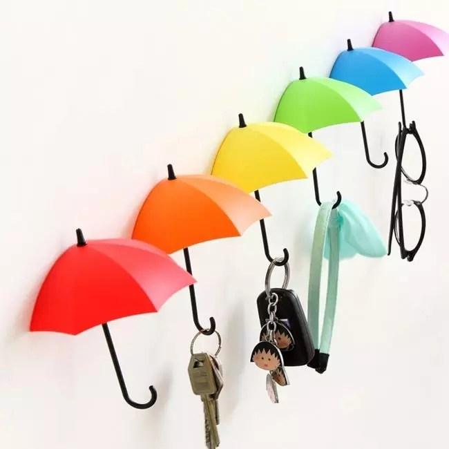 밝은 우산은 당신을 기분을 높일 것입니다