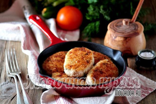 Жареные котлеты из куриного мяса в сухарях