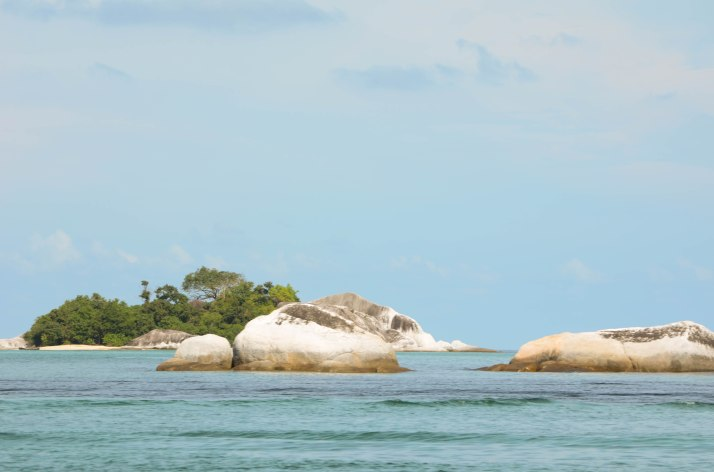 Island Hopping @ Belitung (Yes!!!!) | momtraveler's Blog