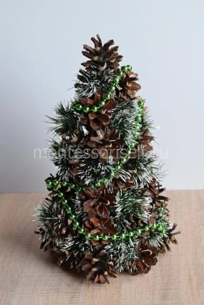 Рождестволық ағаш конустардан өз қолымен жасалған