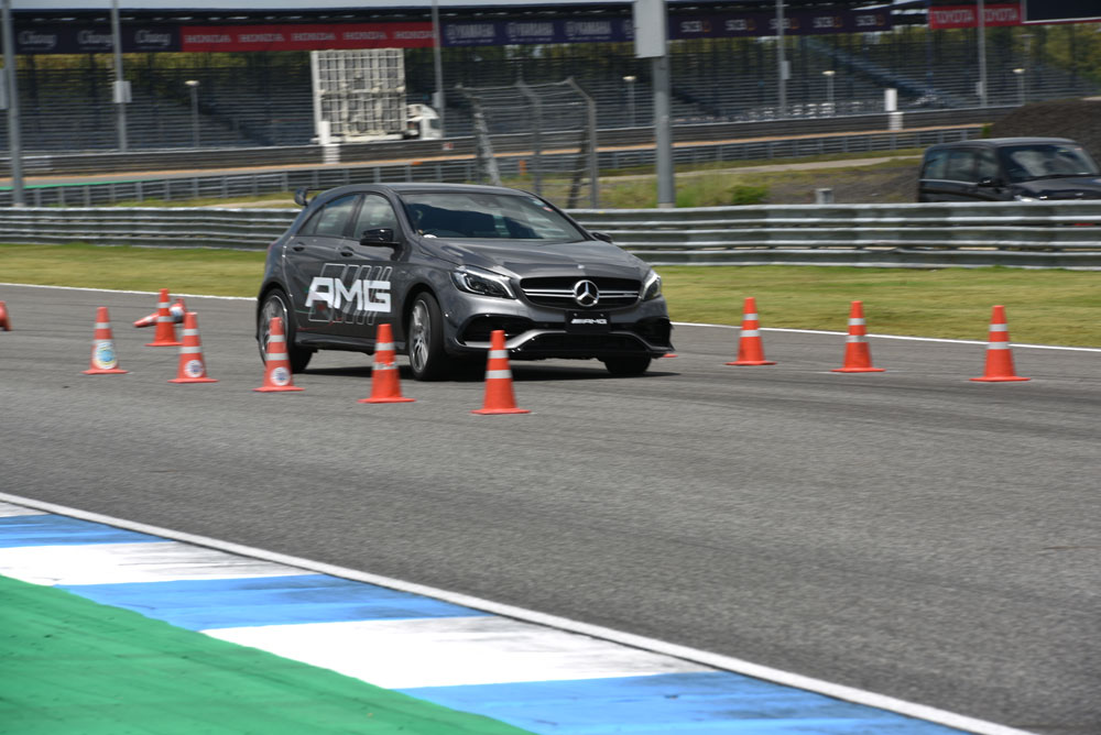 https://i3.wp.com/motortrivia.com/wp-content/uploads/2018/10/25-Mercedes-AMG-Driving-Experience-2018-official.jpg