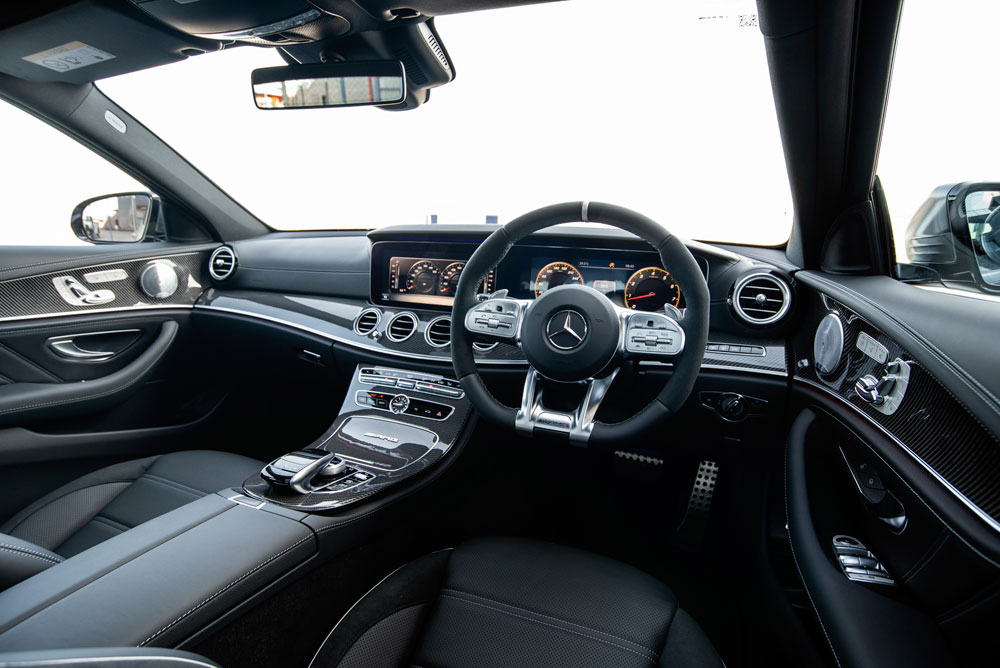 https://i3.wp.com/motortrivia.com/wp-content/uploads/2018/10/83-Mercedes-AMG-Driving-Experience-2018-official.jpg