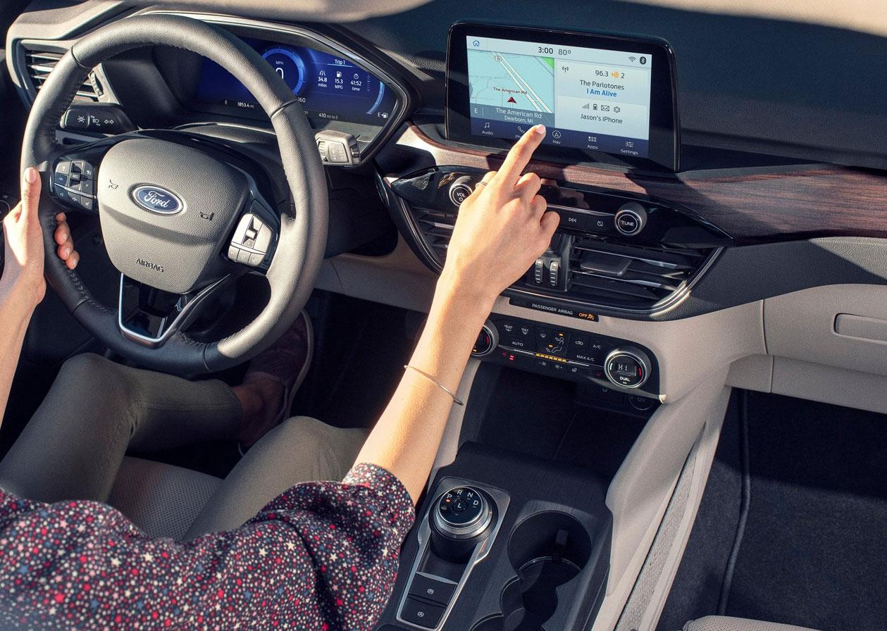 2020 Ford Escape และ Ford Kuga สองรถ SUV แฝดขนาดคอมแพคท์ ...