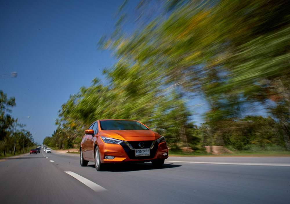 https://i3.wp.com/motortrivia.com/wp-content/uploads/2020/01/11-Nissan-Almera-2020-Test-Drive.jpg