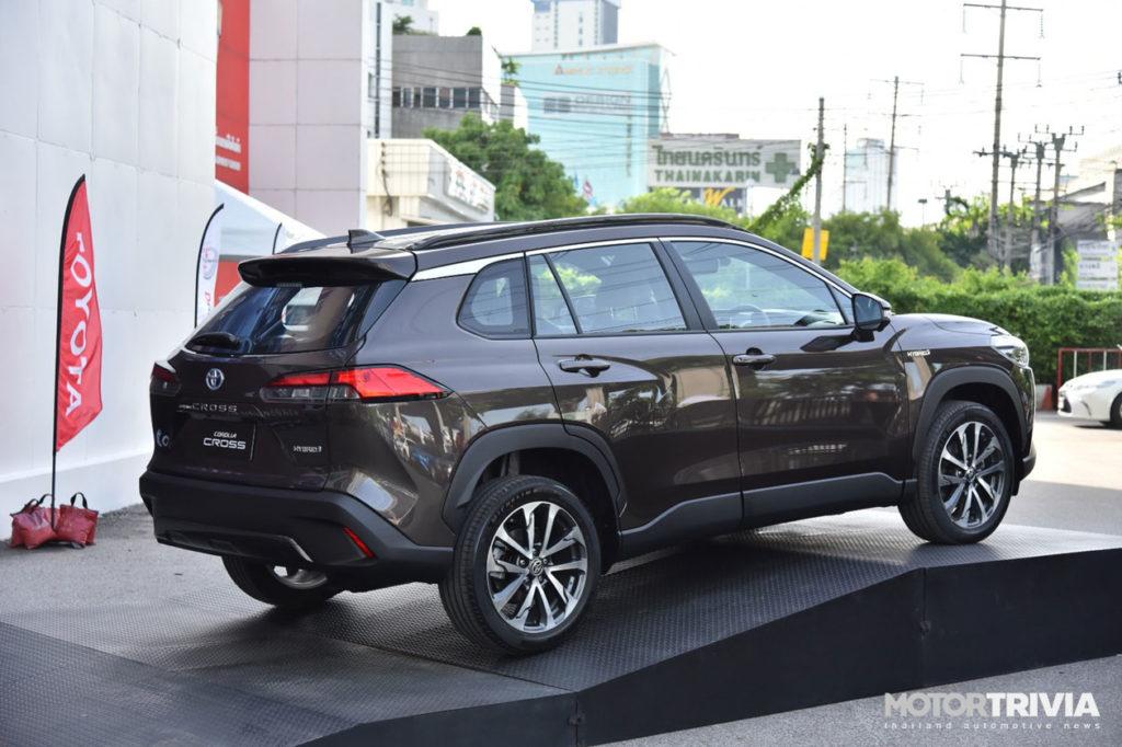 2021 - [Toyota] Corolla Cross - Page 4 06-Toyota-Corolla-Cross-2020-World-Premiere-Thailand-1024x682