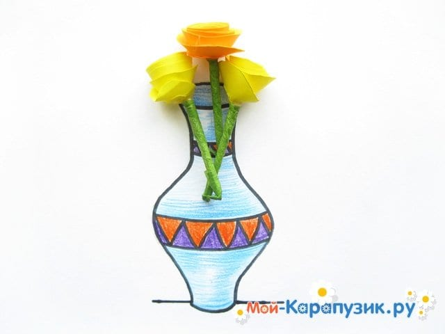 Krok za krokem kresba vázy s barevnými tužkami - foto 15