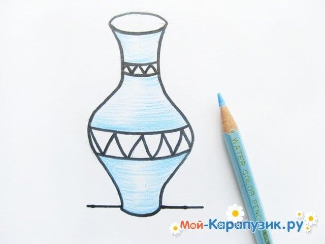 Krok za krokem kreslení váza s barevnými tužkami - Foto 9