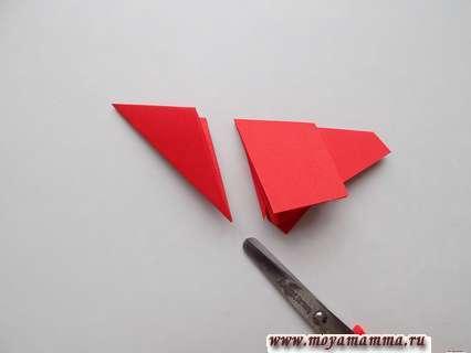 Svou hvězda z papírových fází. Řezání vnější části obrobku.