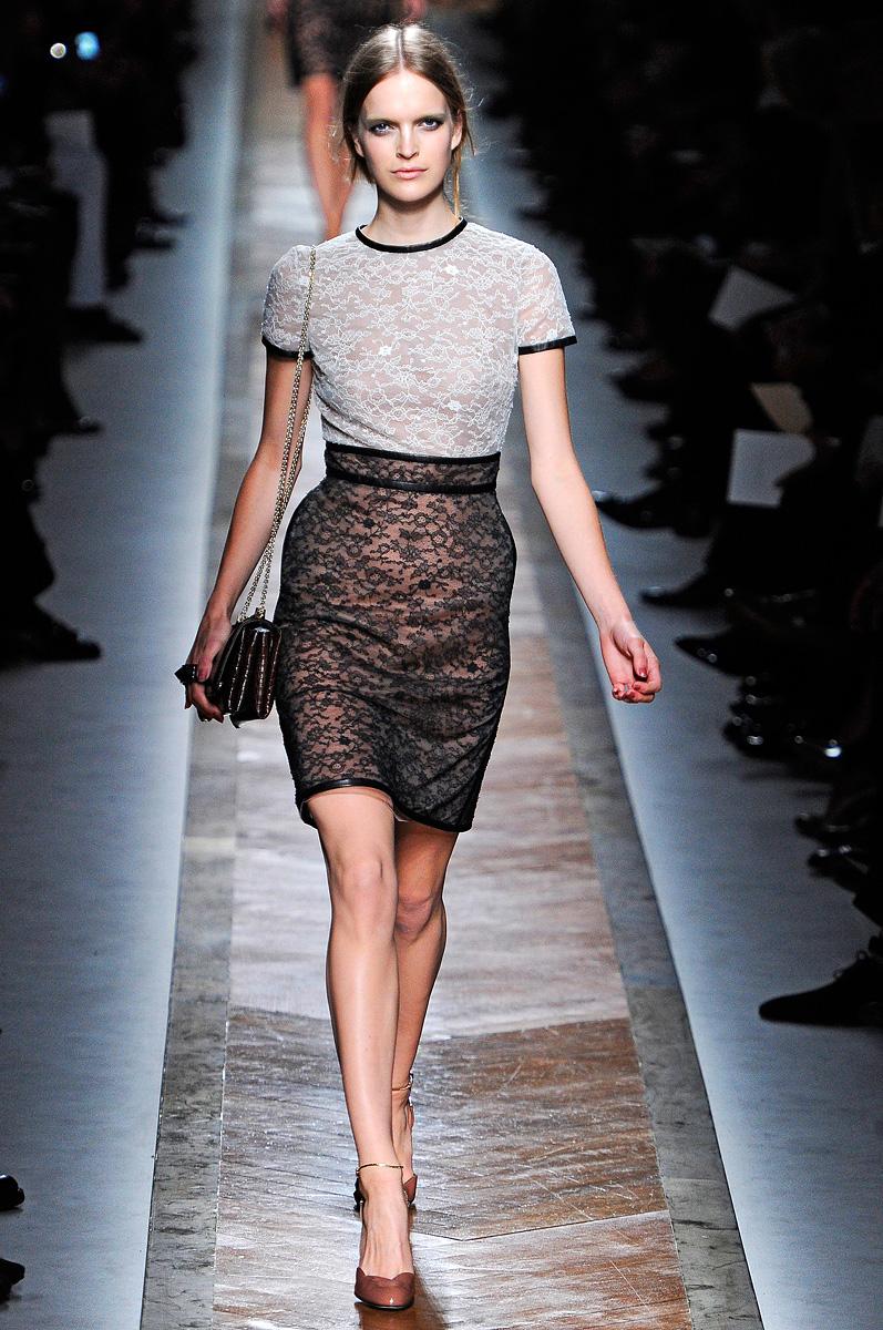 Valentino Spring 2011 Mfd Multiple Fashion Disorder