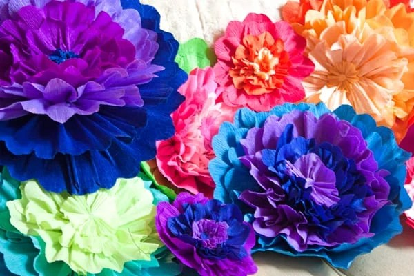 Mexican Paper Flowers   Muy Bueno Cookbook homemade paper flowers