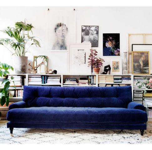 Blue Velvet Sofa Ideas For Creating A Royal Living Room See also  EXPENSIVE LOOKING VELVET FURNITURE