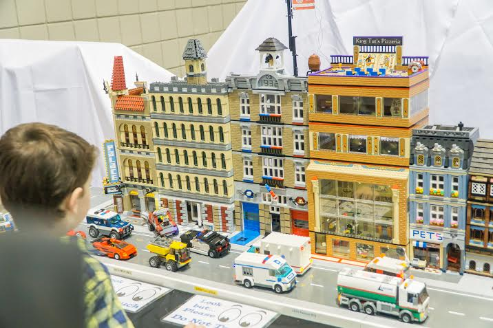 Lego BrickUniverse is coming to Dallas in November    giveaway    My     The gallery will be full of LEGO models by award winning  Brooklyn based  LEGO artist Jonathan Lopes  who will be at BrickUniverse Dallas throughout