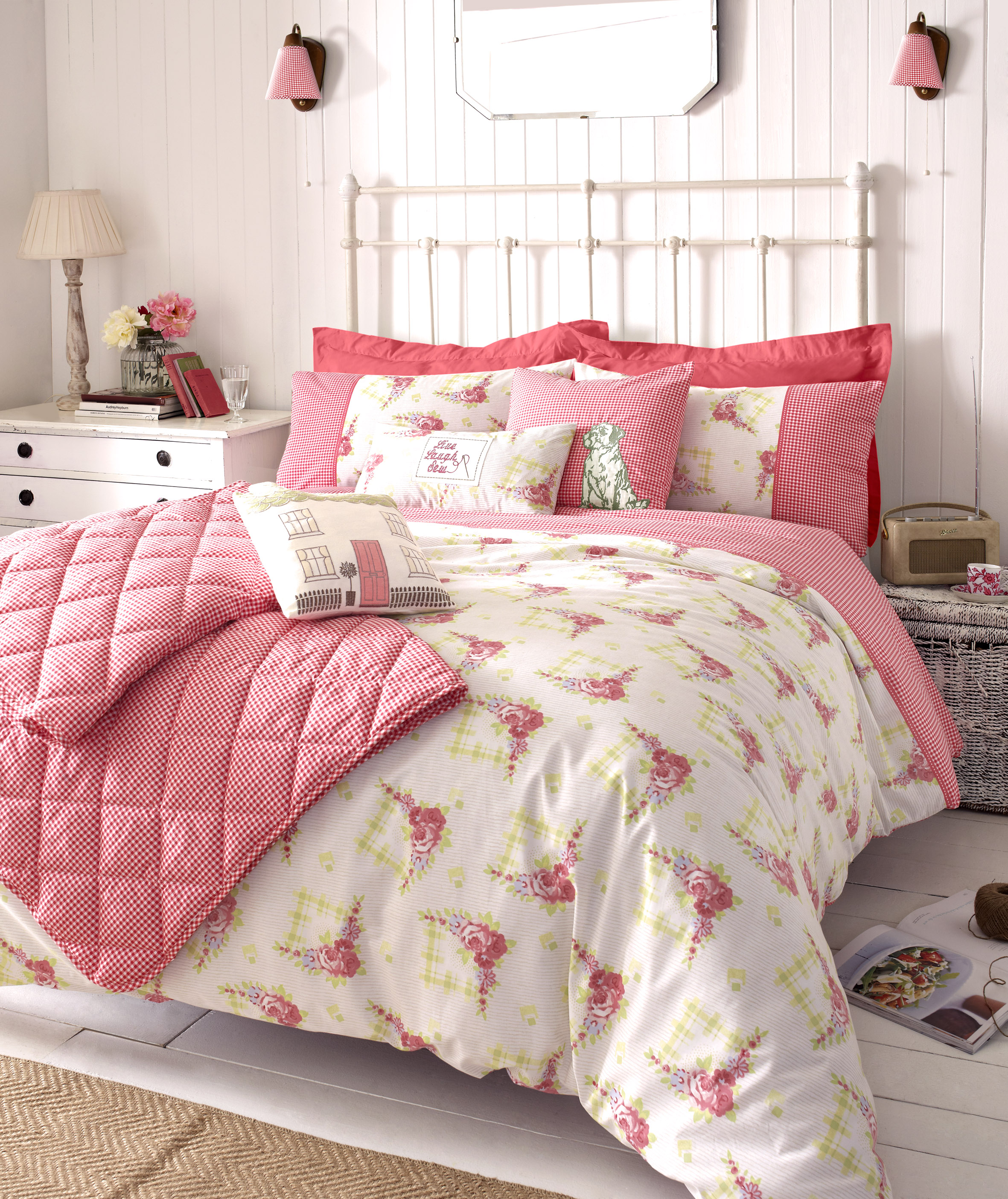 Must Have Essentials in Bedroom | My Decorative