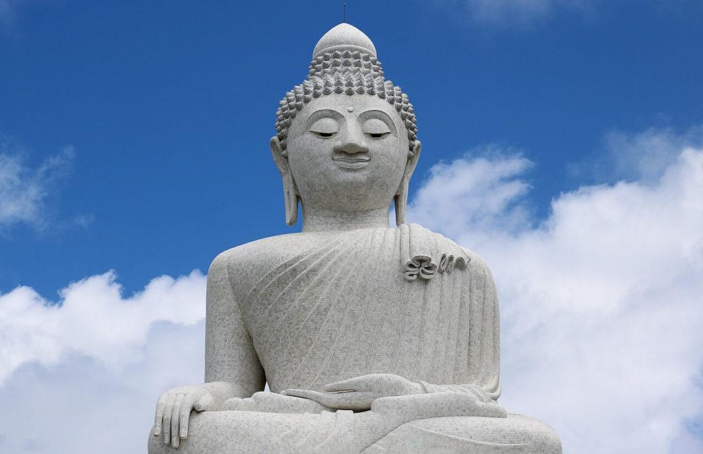 Пхукетте үлкен Будда
