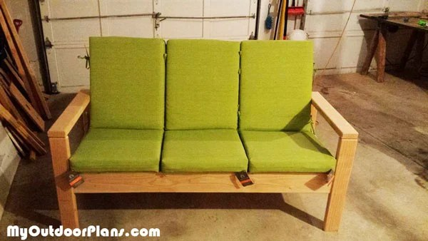 Diy Outdoor Sofa Myoutdoorplans Free Woodworking Plans