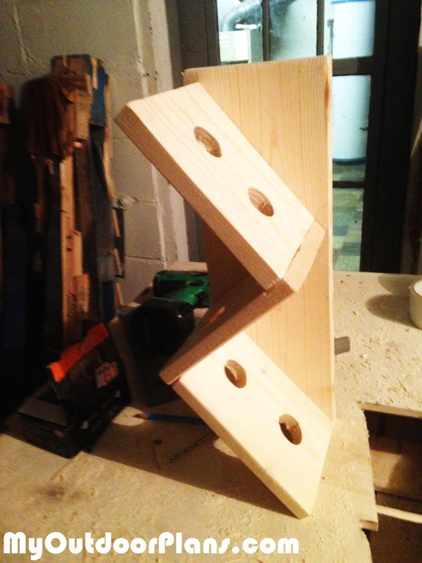 Diy Unique Wine Rack Myoutdoorplans Free Woodworking