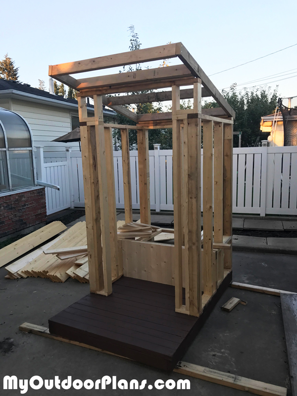Diy Outhouse Myoutdoorplans Free Woodworking Plans And