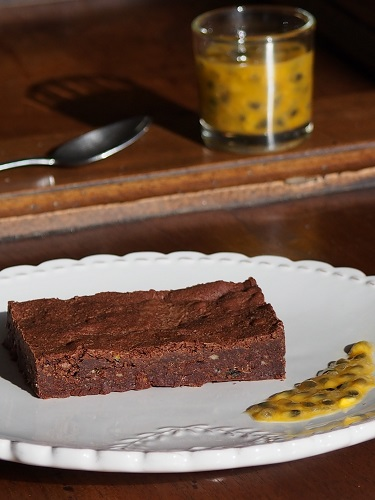 Passion Fruit and Chocolate Fudgy Brownie, with a French twist