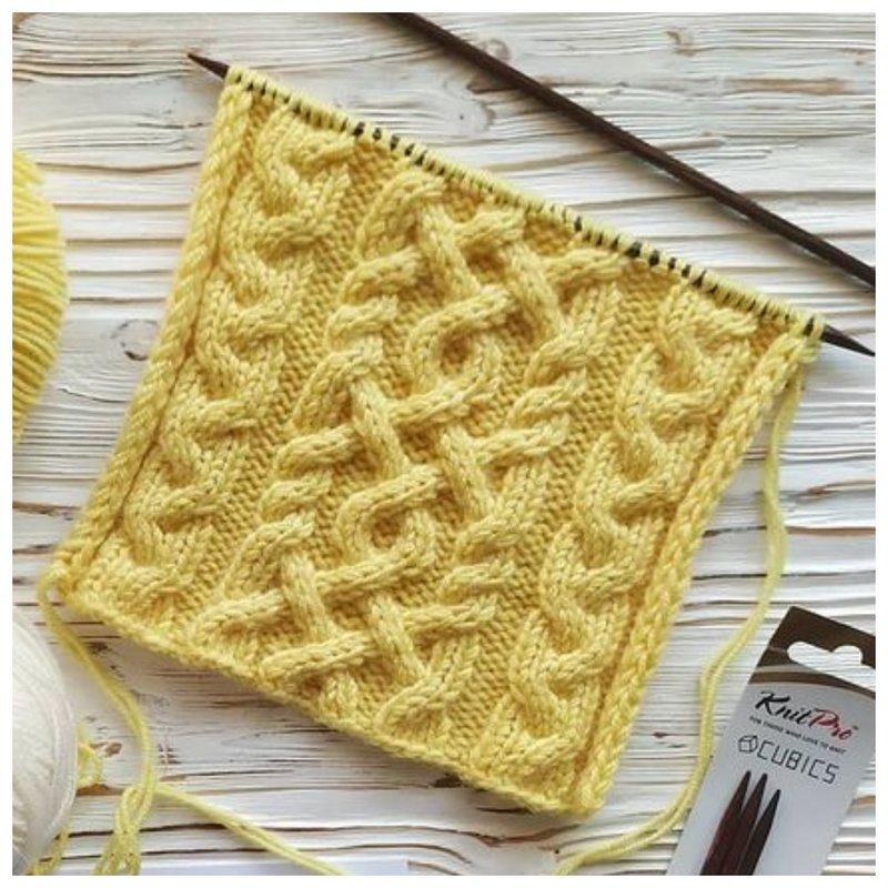 Modello di magliata in stile Araniano