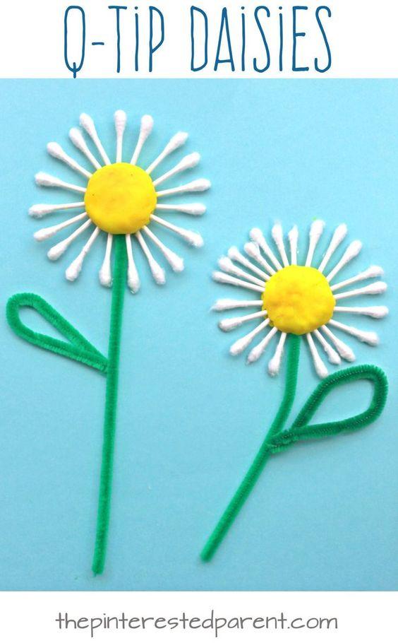 Hoa làm bằng gậy bông tự làm
